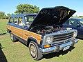 1988 Jeep Grand Wagoneer (26824338073).jpg