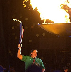Louise Sauvage - Sauvage lights the Paralympic flame at the 2000 Summer Paralympics