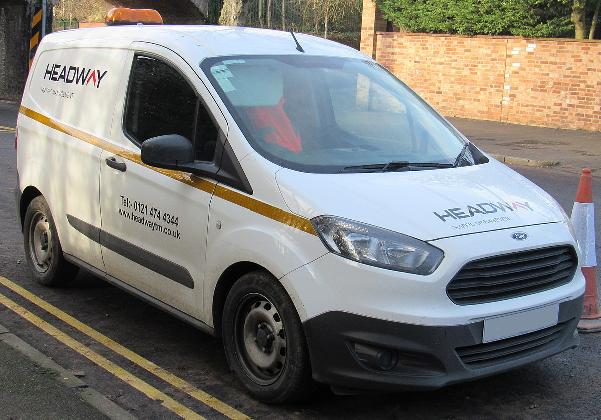 Ford Transit Courier Wikipedia Wolna Encyklopedia