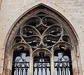 2016-Maastricht, St-Servaasbasiliek, Pandhof, oostelijke kloostergang, raam 4a.jpg