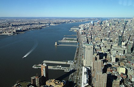 The river between Hudson Waterfront in New Jersey (left) and Manhattan (right) 2016 One World Observatory view along Hudson River.jpg