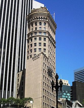 Hobart Building - Image: 2017 Hobart Building 582 92 Market Street closeup