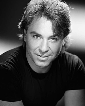 English: Roberto Alagna photographed by Studio...