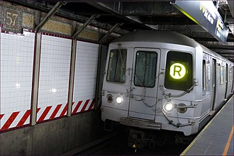 BMT Broadway Line - An R train at 57th Street