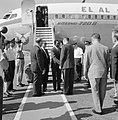 Aankomst van een buitenlandse delegatie per Boeing 720 B van luchtvaartmaatschap, Bestanddeelnr 255-3127.jpg