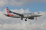American Airlines, Airbus A319, N9022G (15673536188).jpg