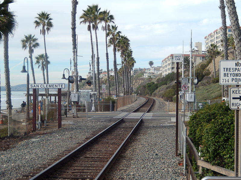 Amtrak route along San Clemente, CA, beach DSCN0040.JPG