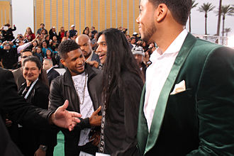 Promise (Romeo Santos song) - Santos with Usher on the red carpet in 2011