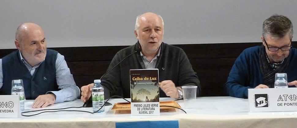 Anxo González Guerra, Manuel Lourenzo González e Manuel Bragado na presentación de Ceiba de luz, no Ateneo de Pontevedra o 22/11/2017.