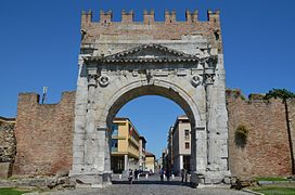 Arch of Augustus at Ariminum, dedicated to the Emperor Augustus by the Roman Senate in 27 BC, the oldest Roman arch which survives, Rimini, Italy (19760798740)