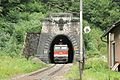 Ardning Bosrucktunnel Südportal mit Lok 1144.JPG
