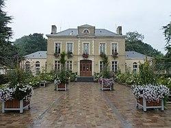 Ardres (Pas-de-Calais) hotel de ville.JPG