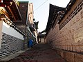 Area east of Bukchon Hanok Village B.JPG