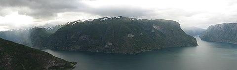 Aurlandfjorden.jpg