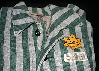 Auschwitz clothing Auschwitz outerwear distinguish yellow Star of David.jpg
