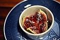 Bagt figen med lavendelhonning (4983868866).jpg