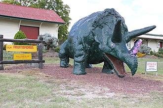Ballandean, Queensland - Ballandean railway station with the big dinosaur, 2015