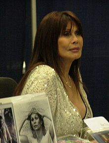BarBara Luna at WonderCon 2009 1.JPG