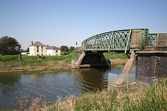 Bardney - Image: Bardney Bridge and Sloop House geograph.org.uk 517511