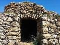 Barraca de piedra seca, Avinyonet de Puigventós.jpg