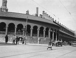 Basarene, Dronningens gate 27 - 10.5.1932 - Ruth Raabe - Oslo Museum - OMu.F26803.jpg