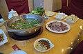 Beijing.fondue a la viande de chien.specialitee Bouyei de Huajiang.jpg