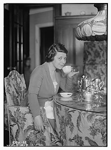Belle Baker in 1919.jpg