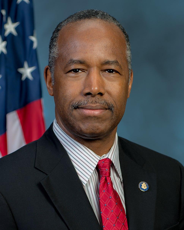 Ben Carson official portrait
