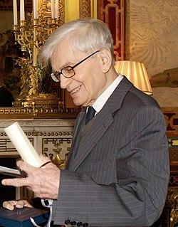 Bernard D'Espagnat.jpg