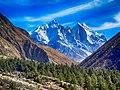 Bhagirathi peaks and Chirvasa IMG 1021.jpg