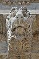 Biblioteca Marciana Venezia mascherone ingresso.jpg