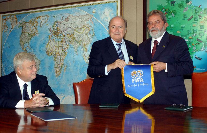 http://upload.wikimedia.org/wikipedia/commons/thumb/1/18/Blatter2006.jpg/800px-Blatter2006.jpg