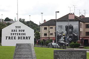 Free Derry Corner - Image: Bogside (27), August 2009
