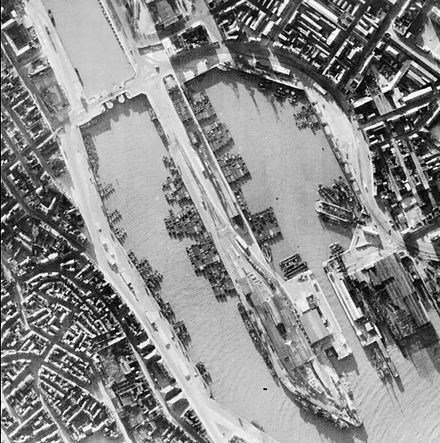 German invasion barges waiting at Boulogne Harbour, France during the Battle of Britain BoulogneBarges1940.jpg