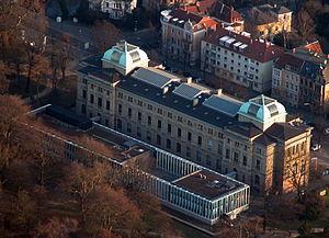 Braunschweig Luftaufnahme Anton-Ulrich-Museum (2011).JPG