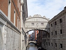Bridge of Sighs (Venice) 02.JPG