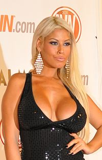 Bridgette B. at AVN Awards 2011 cropped.jpg