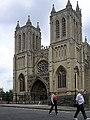 Bristol.cathedral.front.arp.500pix.jpg