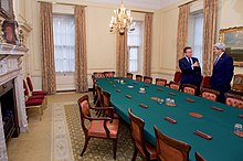 British Prime Minister David Cameron and U.S. Secretary of State John Kerry at 10 Downing Street (26873120142).jpg