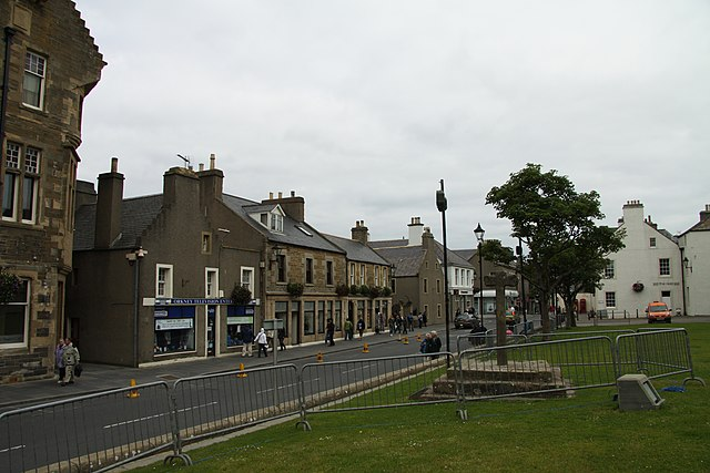 kirkwall black personals Scotland's north coast & famous lochs uksd-06 this road trip takes you a little further off the beaten path in scotland take a journey through the highlands to the north coast and the famous lochs experience the beautiful scotland on your own rental car.