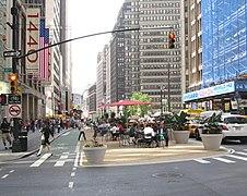 Broadway Plaza41 jeh