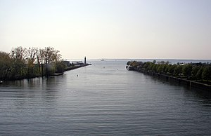 Buffalo River (New York) - Buffalo River where it empties into Lake Erie. The lighthouse on the left of the river is the Buffalo Main Light