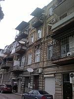Building on Alimardan Topchubashov Street 82.jpg