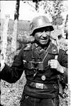 Bundesarchiv Bild 101I-208-0021-25A, Russland-Nord, Oberfeldwebel der Panzertruppen