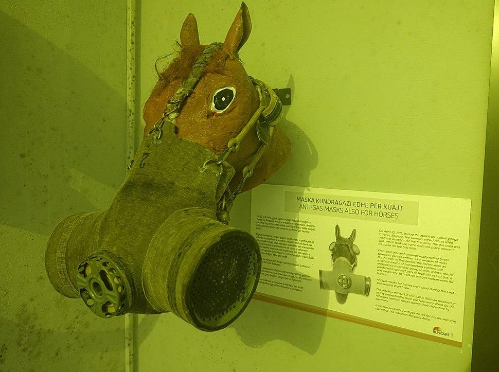 BunkArt-Horse-Gas-Mask
