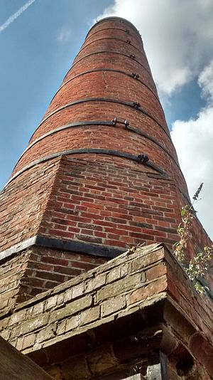 Bursledon Brickworks Museum - Image: Bursledon Brickworks Chimney