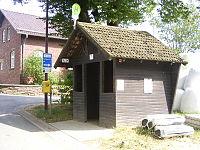 Bus-stop-hemmeres.JPG