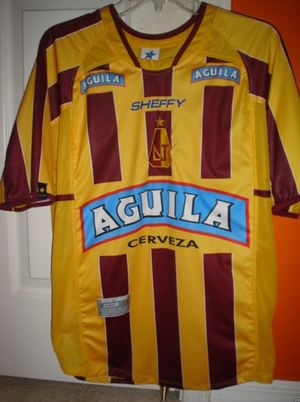 Deportes Tolima - Official 2006 Home Jersey