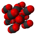Carbon-dioxide-unit-cell-3D-vdW.png