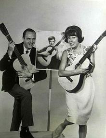 Kristnaskkanto Burnett Bob Newhart Caterina Valente Entertainers 1964.JPG